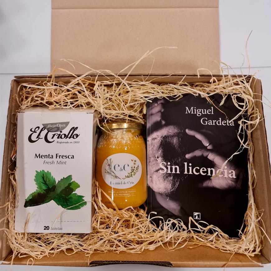 Caja regalo de miel, libro e infusión
